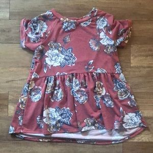 Tops - Floral Tunic Top Size M